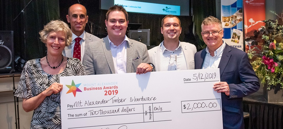 Mt Alexander Timber & Hardware with large prize money cheque of $2000.