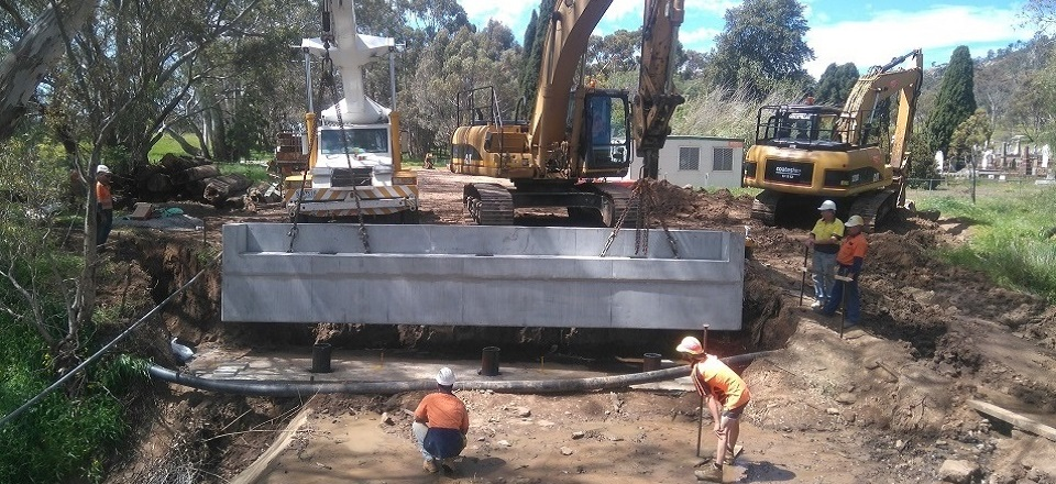 Image: Installation of a bridge in Maldon, Victoria  Link to child page: Bridges