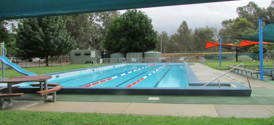 Image: Newstead Swimming Pool  Link to child page: Newstead and District Swimming Pool